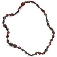 Momma Goose Olive Teething Necklace, Cherry, Medium/12-12.5 by Momma Goose