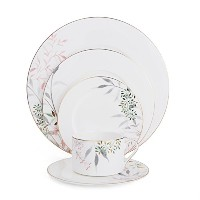 ミカサAlaya Bone China 5-piece Place Setting、1のためのサービス、ホワイト/ Assorted