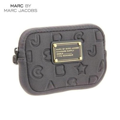 【35%OFFセール 7/14 20:00~7/21 1:59】 マークジェイコブス MARCJACOBS 正規品 デジカメバッグ Stardust Logo Universal Case グレー