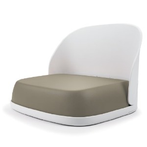 OXO オクソー トット ブースターシート Tot Seedling Youth Booster Seat, Taupe