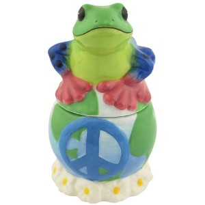 Westland Giftware Peace Frogs Peace on Earth Frogs 4-inch Magnetic Salt and Pepper Shakers