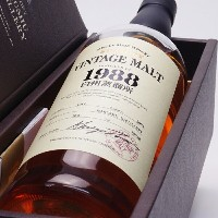 白州蒸留所ヴィンテージモルト【1988-2005】56%700mlSUNTORY SINGLE MALT WHISKY 【VINTAGE MALT 1988】