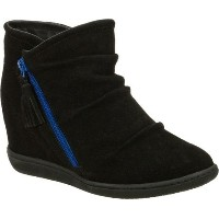 Skechers Womens Plus 3-High and Mighty Boot  Black  7 M US