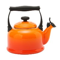 【Le Creuset ル・クルーゼ】ルクルーゼ ケトル/やかん Traditional Whistling Kettle フレーム(オレンジ)920008-00 新生活 [並行輸入品]
