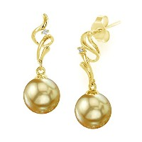 18 KゴールドGolden South Sea Cultured Pearl Ariaイヤリング