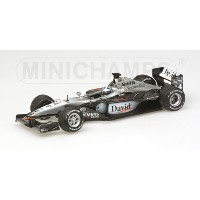 McLARENマクラーレン | F1 MP4/16 N 4 SEASON 2001 D.COULTHARD | SILVER BLACK /Minichampsミニチャンプス 1/43 ミニカー