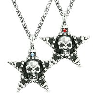 All SeeingスカルSuper Star Pentacle LoveカップルまたはBest Friendsレッドブルークリスタルアミュレットネックレス
