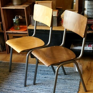 SUSY CHAIR(スージーチェア) ダイニングチェア・スタッキングチェア CIGNINI(チグニーニ) バリエーション(BEECH STAINED OAK・BEECH STAINED...