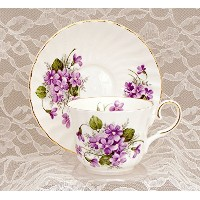 Wild Violets英語Fine Bone China Cup and Saucer