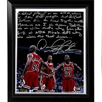 NBAシカゴブルズFramed Dennis Rodman Facsimile ' Playing Withマイケル・ジョーダン・ストーリーストレッチキャンバス'