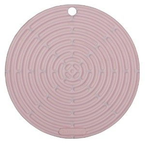 "Le Creuset Silicone 8 "" Round Coolツール、ハイビスカス"