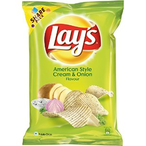 Lay's Potato Chips American Style Cream and Onion Flavour Pack, 95 gram, India - 並行輸入品 - レイのポテトチップアメ...