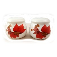 Russ BerrieポインセチアとAcorn Salt & Pepper Shaker Set 4135