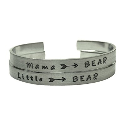 Mama Bear and Little Bearブレスレットセットwith Arrow – 1 / 4インチHand Stampedアルミニウムブレスレットセット – 母の日ギフト、ギフトfor...