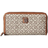 トミー ヒルフィガー 長財布 TOMMY HILFIGER Serif Signature Jacquard Zip Around Wallet Tan/Dark Chcolate [並行輸入品]