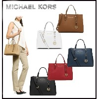 ??Qoo10クーポン使えます♪??MICHAEL KORS★JET SET TRAVEL MEDIUM TOTE