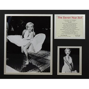"""The Seven Year Itch 11"""" x 14"""" Unframed Matted写真コラージュby Legends Never Die , Inc。"""