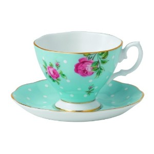 Royal AlbertポルカブルーVintage Espresso Cup and Saucer