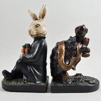 The Hare and the Tortoise Book Endsブックエンド、装飾Sculptural StoryスタイルBookshelfオーガナイザー