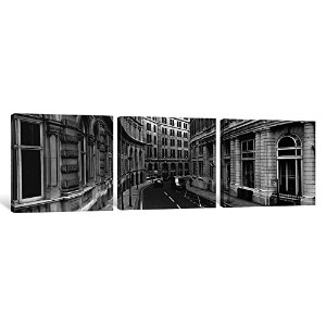 """iCanvasART 3Piece Buildings Along A Road、ロンドン、イギリスキャンバスプリントbyパノラマ写真、36x 12インチ/ 1.5"""" Deep"""