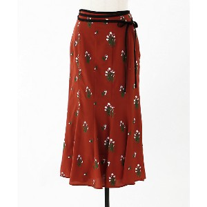 【SALE(伊勢丹)】 mame/マメ  Pedicel Embroidery Mermaid Flared Skirt(MM18SS-SK046) TERRACOTTA 【三越・伊勢丹/公式】...