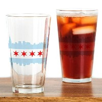 CafePress Chicago Flag Skyline Drinkingガラス 標準 ホワイト 128819748633332