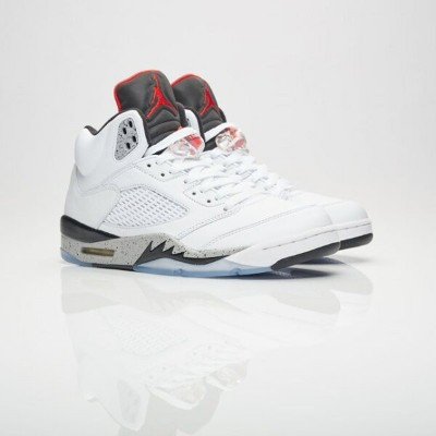 送料無料 Men's メンズ 店舗限定 Brand Jordan Air Jordan 5 Retro White/University Red/Black/Matte Silver 136027...