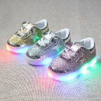Kids LED Sneakers Spring Children Colorful Flashing Light Casual Shoes Stars Boots
