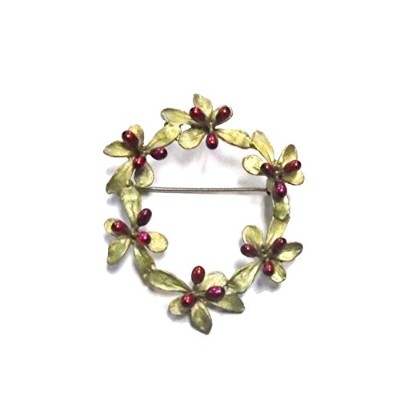 Barberry Wreathピンby Michael Michaud ( Ours排他的)。。。