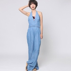 【SALE 60%OFF】ゲス GUESS HALTER BRAIDED ULTRA FLARE JUMPSUIT (ALDEN 2 WASH)