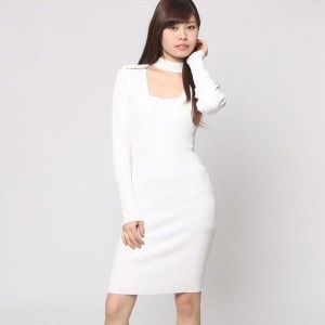 【SALE 60%OFF】ゲス GUESS TEAGAN CUTOUT MOCK NECK DRESS (WHISPER WHITE)