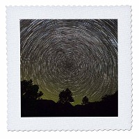 3drose Danita Delimont – Milky Way – アメリカ、カリフォルニア、Pine Valley。STAR TRAILS OF THE MILKY WAY GALAXY。 ...