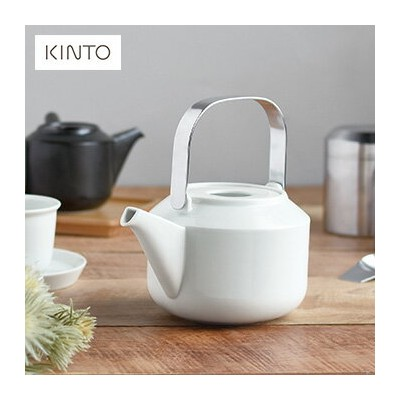 KINTO キントー ティーポット 600ml[白 黒 急須 おしゃれ モダン 北欧 キッチン 茶漉し 磁器 日本製 緑茶 紅茶 ポット ギフト 贈り物]