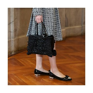 TO BE CHIC/TO BE CHIC  レイヤード シークインBAG(W5124104__) クロ 【三越・伊勢丹/公式】 バッグ~~ハンドバッグ