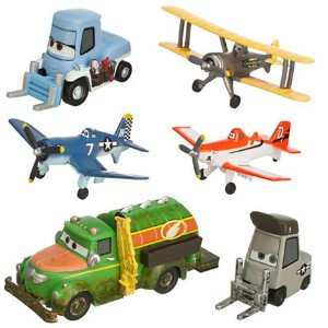 Disney ディズニー プレーンズ フィギュアセット Planes Figure Play Set - Propwash Junction with Dusty - Skipper -...