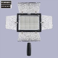 YONGNUO製 YN-160II 160球 LED ビデオライト with コンデンサー MIC and 輝度リモコン for Canon 5D,7D,50D,60D,500D,5... D700...
