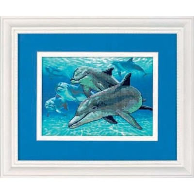 DIM クロスステッチキット Deep Sea Dolphins 【並行輸入品】            Dimensions Gallery No Count Cross Stitch, Deep...