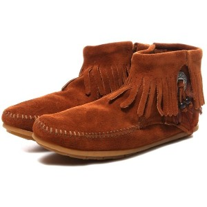 【SALE 10%OFF】ミネトンカ MINNETONKA Concho Feather Side Zip Boot(BROWN) レディース