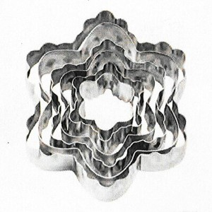 【Wilton】ウィルトン カットアウト 6個セット ブロッサム6-Piece Nesting Fondant Double Sided Cut Out Cutters, Blossom 417...