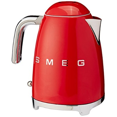 Smeg 1.7-Liter Kettle-Red by Smeg