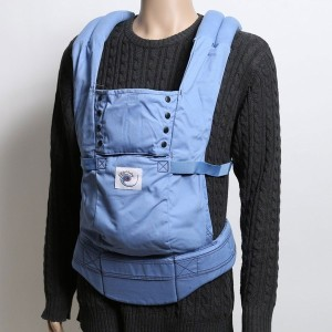 【SALE 50%OFF】エルゴベビー ergobaby Sports Baby Carrier(Blue w/ Blue Lining)