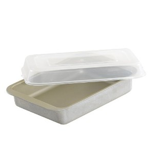 Nordic Ware Compact Ovenware Covered Browine/Cake Pan by Nordic Ware