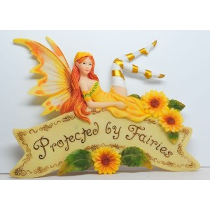 8.25 Inch Protected By Fairies Hanging Wall Plaque Statue Figurine by PTC [並行輸入品]