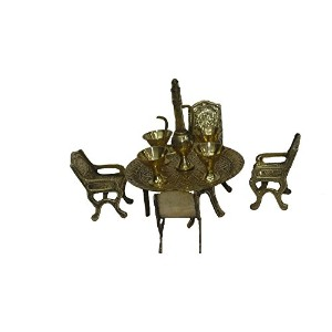 Beautiful Brass Metal Decoration Kitchen Dining Table Set artistic India by Bharat Haat BH00212