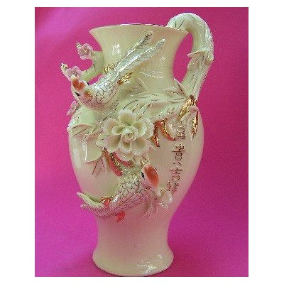 Wealthy Vases with Double Lovely Birds