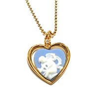 "Authentic Wedgwood "" Cupid Stringing Bow」ハートnecklace- gold-plate"