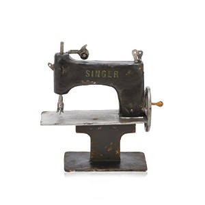 Industrial Chic Vintage-Style Decorative Sewing Machine [並行輸入品]