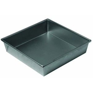 Chicago Metallic Non Stick 9-Inch Square Cake Pan by CHICAGO METALLIC