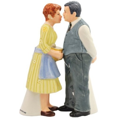 Westland Giftware Happy Days Magnetic Mr. and Mrs. C Salt and Pepper Shaker Set 10.8cm