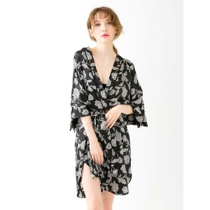 [CARRIEFRANCA]Bishop's flower satin gown ルームウェア 上下セット セットアップ トップス ボトム 可愛い レディース パジャマ 部屋着 大きいサイズ 女性...